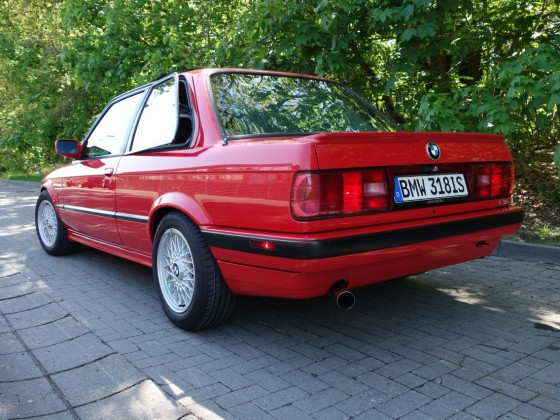 BMW e30 318is 2