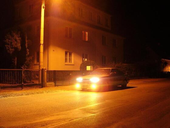 B12 bei Nacht