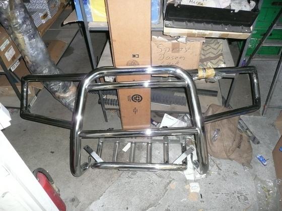 Frontbügel und Unterfahrschutz Nissan Originalteil - Nirvana D22